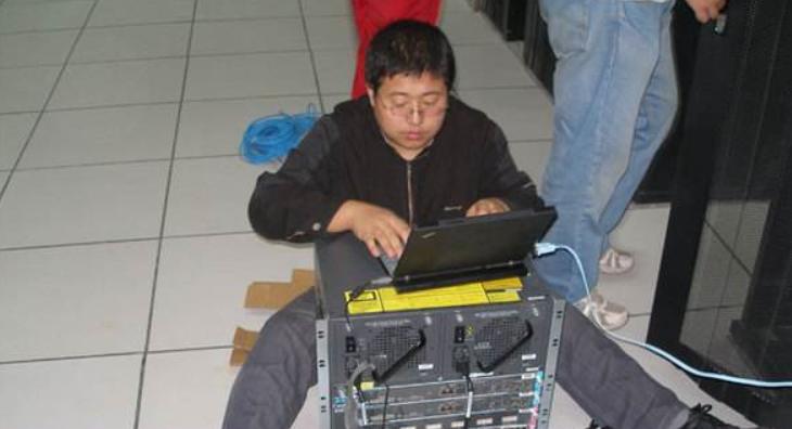 网络工程师成长问答004-网络管理员需要会些什么? - 2